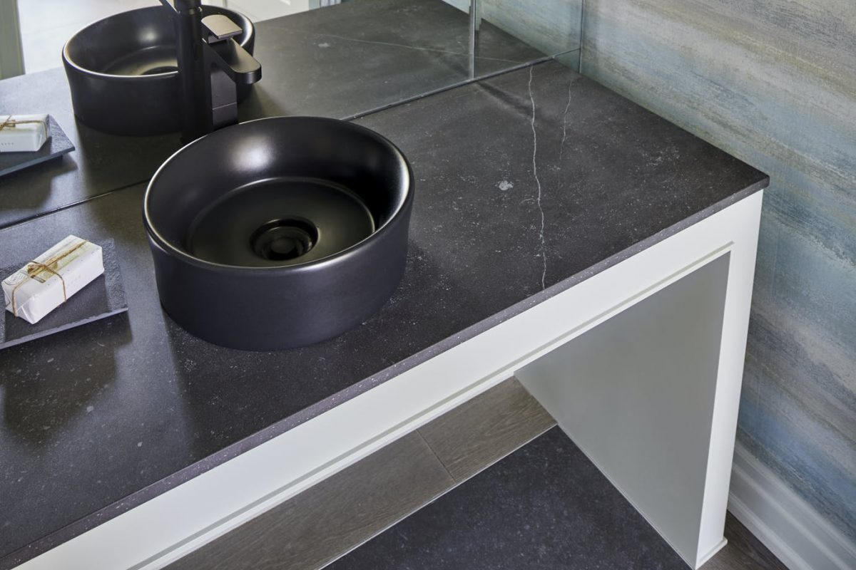 dekton-fossil-bathroom