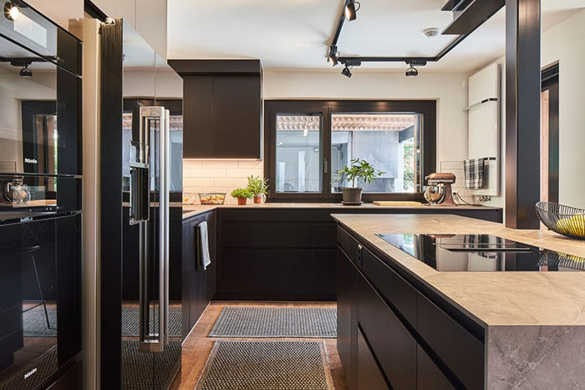 kitchen-forest-house